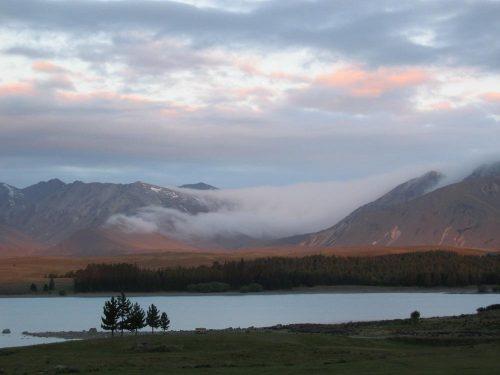 NZ Lake Tekapo panorama dawn